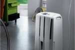 Dehumidifiers and 3 Most Frequent Signs That You Need a Dehumidifier