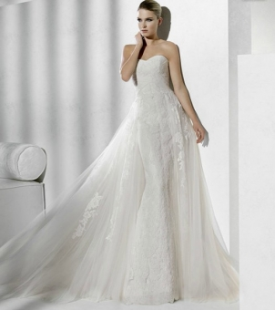 straight wedding dress