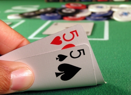Play home poker tournaments on your own card table