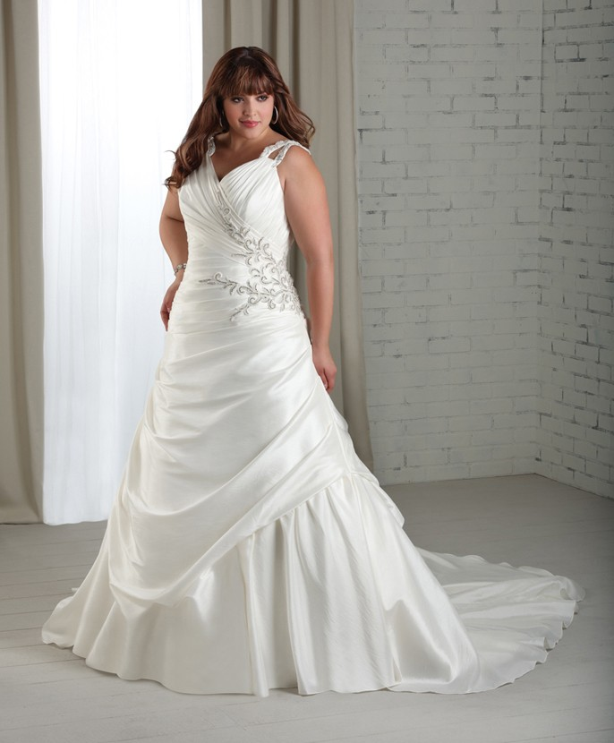 Wedding Gowns For Full Figured Brides: Dresses For Your Body Style
