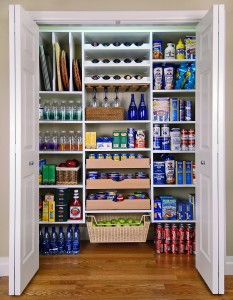 Advantages and disadvantages of open shelf systems