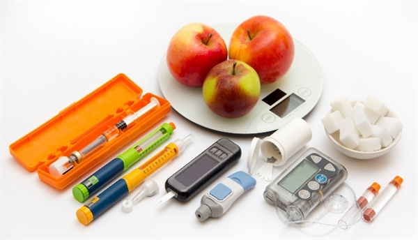 Guide for diabetics: using modern technology for self-care