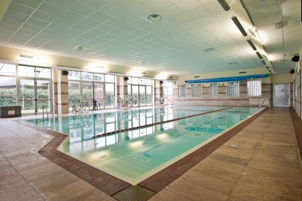 Healing through water – what should you know about hydrotherapy?
